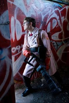 Really really amazing Team Fortress 2 cosplay