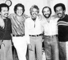Bobby Valentin, Ray Barreto, Johnny Pacheco, Jerry Masucci y Roberto Roena.