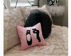 Almohada de zapato de Ballet rosado; bailarina del lecho
