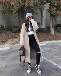 Chill Outfits, Casual Winter Outfits, Winter Fashion Outfits, Mode Outfits, Look Fashion, Stylish Outfits, Stylish Girl, Teen Fashion, Fashion Ideas