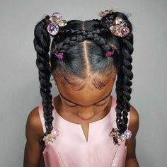 Some new 30 min hairstyle inspiration for the mommys who can not cornrow! I got … Some new 30 min hairstyle inspiration for the mommys who can not cornrow! 💪🏾 Janelle looks sooooo extremely cute with this style! Cute Hairstyles Updos, Lil Girl Hairstyles, Girls Natural Hairstyles, Natural Hairstyles For Kids, Kids Braided Hairstyles, Short Hairstyles, Toddler Hairstyles, Black Children Hairstyles, Hairstyle Ideas