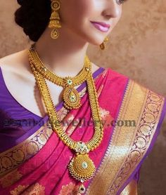 Wedding jewelry is a vital part of bridal wear. Many brides underestimate the need for selecting the most appropriate jewelry. Gold Bridal Jewellery Sets, Indian Wedding Jewelry, Indian Bridal Wear, South Indian Jewellery, Indian Jewellery Design, Indian Jewelry, Gold Jewelry, Jewellery Designs, India Wedding