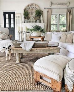45 French Country Living Room Design Ideas - Decoration for All French Country Living Room, Shabby Chic Living Room, Southern Living, Cottage Living, Country Kitchen, Living Room Designs, Living Rooms, Living Spaces, Crates