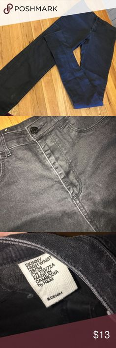 Faux leather skinny high waist jeans 28x34. Faux leather skinny high waist jeans 28x34. H&M Pants Skinny