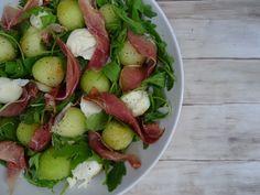 Meloen, mozzarella, ham en rucola salade