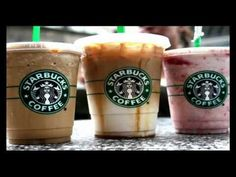 Good news for Starbucks lovers! You dont need to give up your favorite coffee. The menu is full of keto diet fat burning drinks at Starbucks to lose weight. Even I enjoy keto diet fat burning drinks at Starbucks to lose weight. The idea behind this coffe Fat Burning Drinks, Fat Burning Foods, Menu Fitness, Fitness Diet, Low Carb Starbucks Drinks, Starbucks Coffee, Starbucks Hacks, Starbucks Menu, Healthy Starbucks