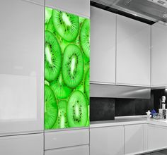 Photographic image of chopped kiwis. Vibrant decal that can be applied vertically or horizontally. Ideal for adding a touch of colour to your kitchen. #Fruit #Bright #Decoration