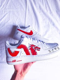 CDG custom hand-painted Air Force 1 All sizes are available. Nike Air Force One, Nike Shoes Air Force, Air Force Sneakers, Sneakers Nike, Custom Painted Shoes, Custom Shoes, Cute Nikes, Aesthetic Shoes, Hype Shoes