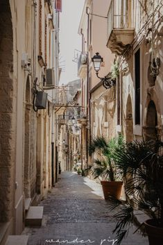 A short guide to visiting Ortigia – Sicily's sweetest island – wanderpip Sicily Travel, Travel Aesthetic, Wanderlust Travel, Palermo, Travel Pictures, Travel Inspiration, Travel Photography, Beautiful Places, Places To Visit