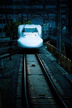 Deep blue: Shinkansen | Flickr - Photo Sharing!