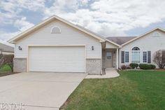 For sale $159,900. 3 Crosswinds Ct, Bloomington, IL 61704