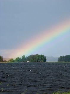 Rainbow in Lake Leppävesi in Jyväskylä, Finland. Sateenkaari Leppävedellä Jyväskylässä