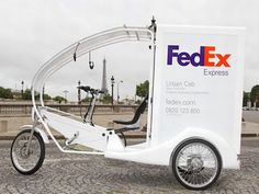 Inner City Delivery: Fedex is using hybrid human-electric trikes in central Paris (Photo: proxi-business.com)