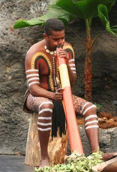 Aboriginal, Australië, dodgeridoo met lichaamsbeschildering