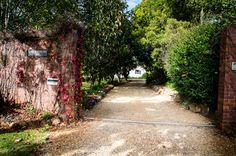 Tamborine Mountain accommodation Tamborine Mountain, Sidewalk, Australia, Country, Gallery, Rural Area, Roof Rack, Side Walkway, Walkway