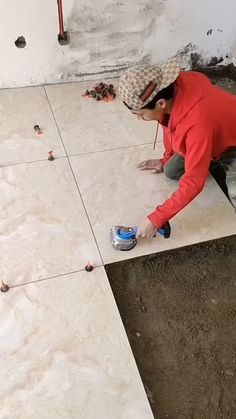 Smart Home Design, Home Room Design, House Design, Tiling Tools, Construction Tools, Diy Home Repair, Homemade Tools, Tile Installation, Cool Inventions