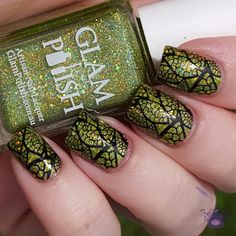 @glampolish Leo and @CraftsByCollins pure black stamping polish