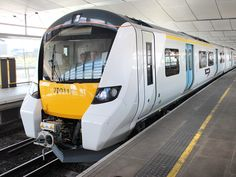 UK: Govia Thameslink Railway is to replace its current desktop ticketing issuing system with Worldline's mobile point-of-sale technology. Metro Rail, Metro Subway, Ticket Sales, British Rail, Electric Train, Rolling Stock, Public Transport, Locomotive, Transportation