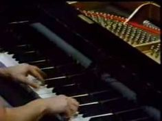 ▶ martha argerich - scarlatti, sonata k. 141 - YouTube