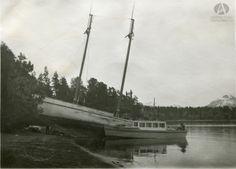 Goleta Pampa, Muelle de Puerto Anchorena, Isla Victoria, Año 1930 (Col. Lunde en Archivo Visual Patagónico)