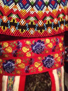 Beautiful beading #fashion #pittrivers #oxford Friendship Bracelets, Beading, Oxford, Fancy, Beautiful, Jewelry, Fashion, Moda, Bead