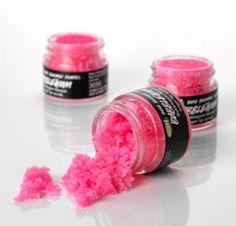 Exfoliant 'Fée des Lèvres' Lush: Exfoliant rose et sucré pour les lèvres au Bubble Gum 9,45€
