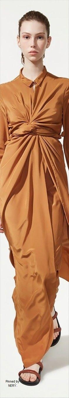 Osklen  Spring 2017 RTW Fashion Spring, All Fashion, Fashion 2017, Ss 17, Caramel Color, Terracotta, Fashion Forward, Camel, Peplum Dress
