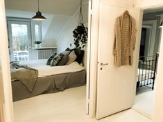 Upstairs bedroom with white wooden floor White Wooden Floor, Upstairs Bedroom, Wooden Flooring, Finland, Oversized Mirror, Curtains, Feelings, Interior Design, Blog