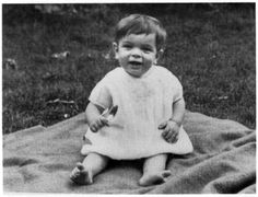 1947 Roger at 9 months