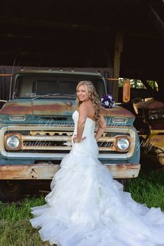 rustic bridal, old truck, country bridal, bridals, va photographer, bridal pose, bridal photography, bridal portrait