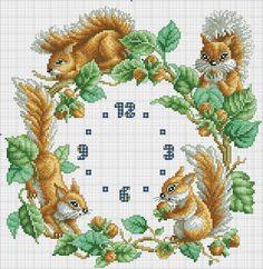 Punto croce - Schemi e Ricami gratuiti: Schema punto croce orologio con gli scoiattoli