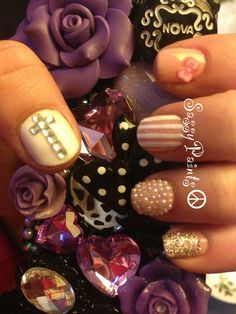 #pearls #nails #nailart #trendy