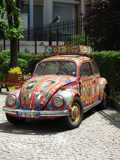 Colourful Volkswagen Beetle in Paris by Jonread_3, via Flickr