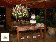 Casamento em Joaquim Egídio 2 www.zabeleflores.com.br https://www.facebook.com/zabelefloreseobjetos