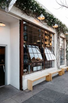 The scottish bean cafe window, coffee shop los angeles, art restaurant, restaurant design Restaurant Design, Café Restaurant, Restaurant Seating, Outdoor Restaurant, Café Bistro, Home Design, Design Ideas, Cafe Exterior, Bungalow Exterior