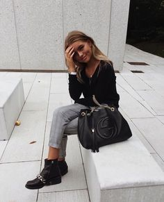 casual womens fashion that look really great.