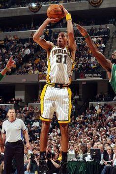 Its Miller time! One of my three fav players ever Reggie Miller Nba Basketball Teams, Basketball Skills, Nba Stars, Sports Stars, Thunder Nba, Reggie Miller, Basketball Highlights, Tracy Mcgrady, Famous Sports