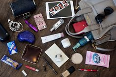 What's in My Handbag - a whole website dedicated to it! and I love the bag in this pic