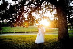 This is why you should always do sunset sessions | ©Liller Photo | Milwaukee Wedding Photographer
