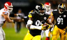 PITTSBURGH, PA - OCTOBER 02: Jarvis Jones #95 of the Pittsburgh Steelers runs up field after intercepting a pass in the first quarter during the game against the Kansas City Chiefs at Heinz Field on October 2, 2016 in Pittsburgh, Pennsylvania. (Photo by Justin K. Aller/Getty Images)