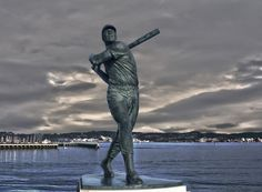 Willie McCovey statue San Francisco Giants Baseball, G Man, National League, Superhero, Bay Area, Statue, Fictional Characters, Fantasy Characters, Sculptures
