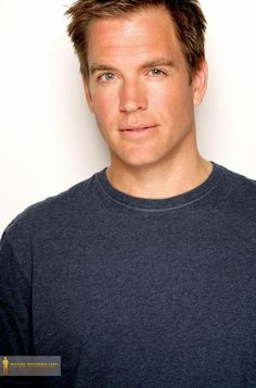 Okay seriously, does it get any more perfect than Michael Weatherly?? I'm thinking no...