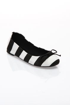 French Follies Addy Flat In Black & White