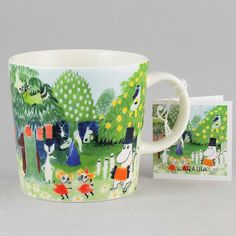 """Arabia's mug """" Moominvalley"""" (Muumilaakso) with elegant shape and kind motif from the Moomin world. Charming pottery from Finland. Moomin Mugs, Finland, Pottery, Shapes, House Styles, Tableware, Designers, Stuff To Buy, Ceramica"""