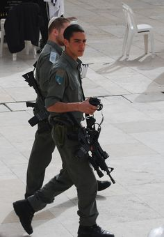 Soldiers in Jerusalem <3 May God always Bless these brave soldiers .  Protecting them, guiding them, making their ways perfect.  May NO  weapon formed against Israel ever prosper.