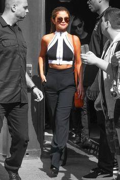 Hot or Not: Selena Gomez's Backwards Crop Top http://amehkristine.buzznet.com/user/journal/24729639/hot-not-selena-gomezs-backwards/