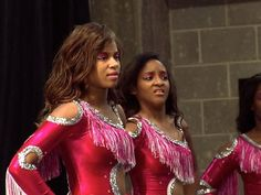 Bring It!: Stand Battle: Dancing Dolls vs. Divas of Olive Branch Medium Stand (S2, E2) - YouTube