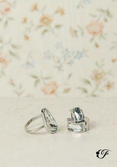Este juego de aretes y anillo de acero inoxidable es lo que buscás para esa ocasión especial.