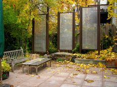 hog wire privacy screen These privacy screens are built using hog wires and these are highly customizable.
