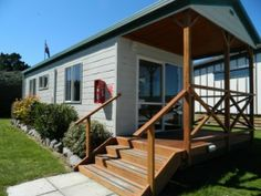 Taupo Accommodation - Ensuite Cabin Exterior